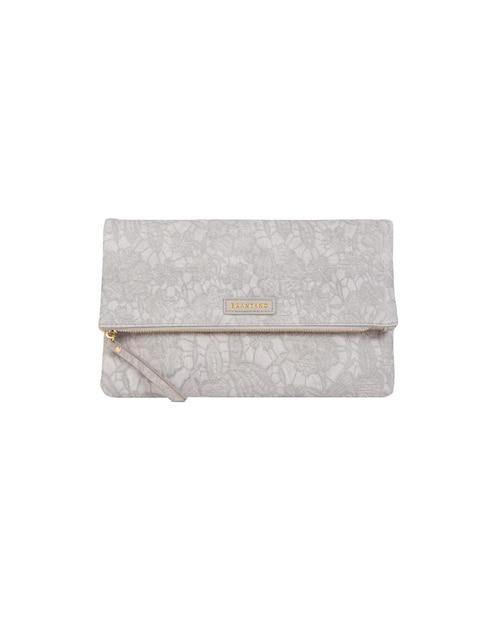 8ca559e0b Bolsa clutch Brantano gris con diseño floral